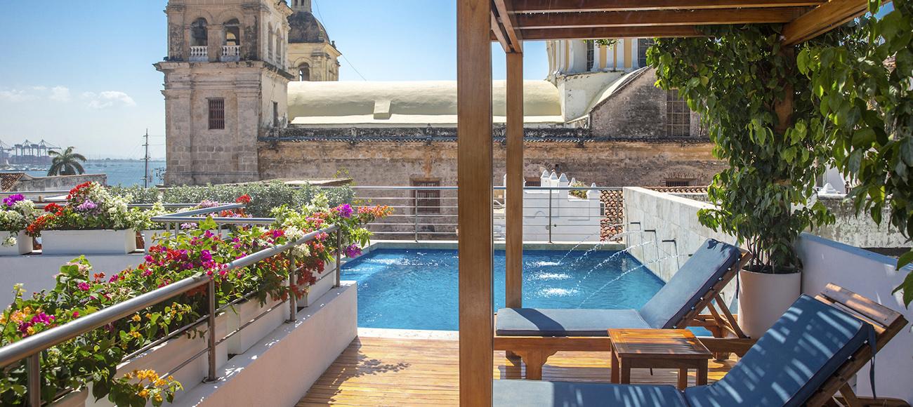 Hoteles en cartagena for Hoteles con habitaciones para cinco personas